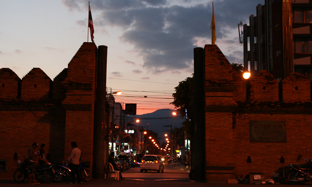 long stay in Thailand - Thapae gate