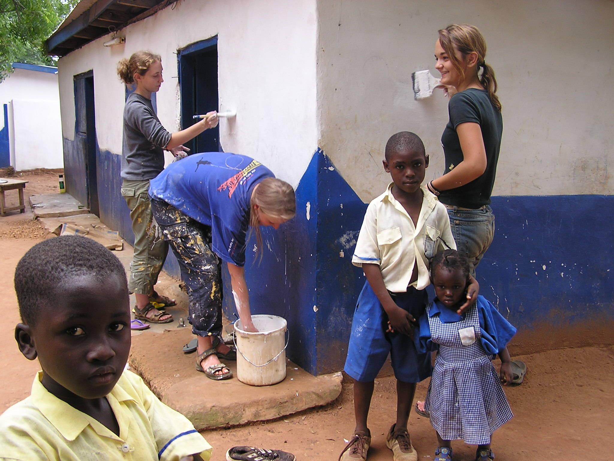 painting-volunteers-projects-abroad