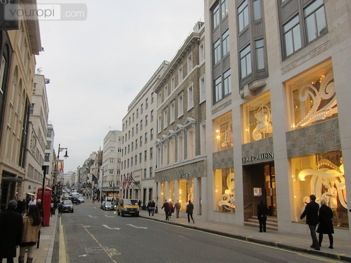 What makes mayfair so attractive for tourists for The mayfair